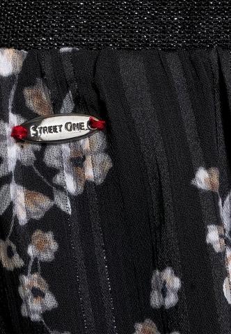 Street One rok